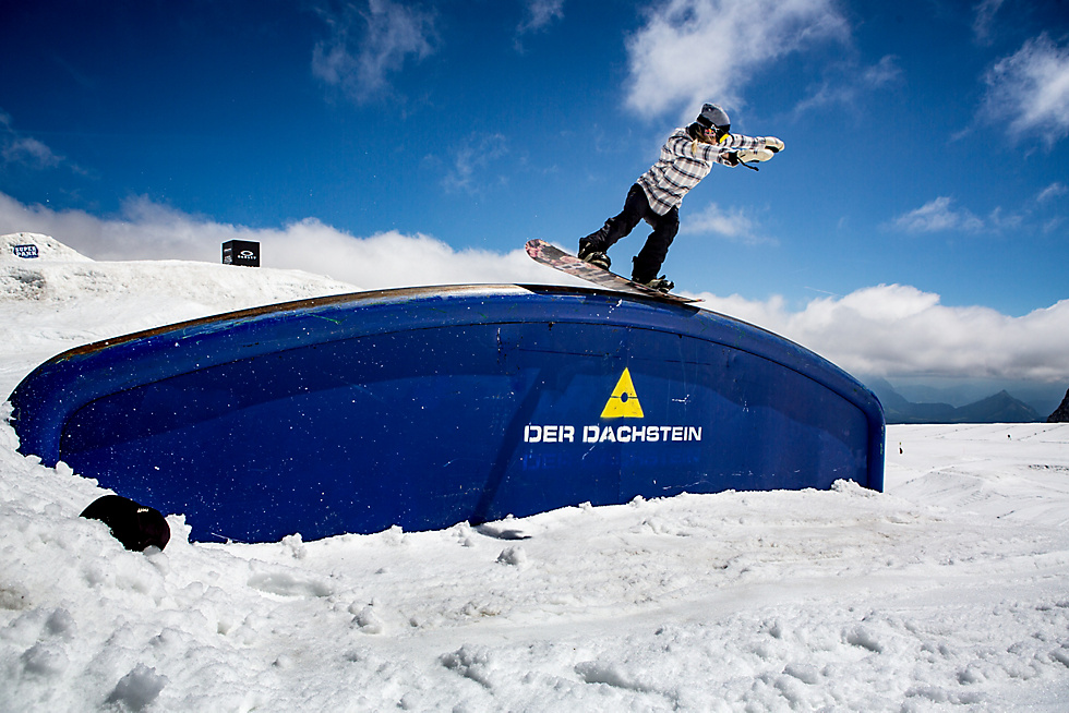 Team rider Anna Gasser with a nosepress during our snowboard team gatherings