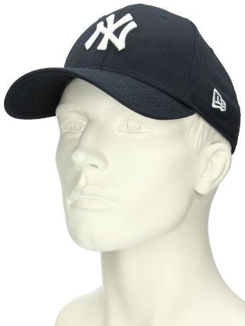 Buy New Era 940 League Basic NY Yankees Cap online at blue-tomato.com 17f494aead
