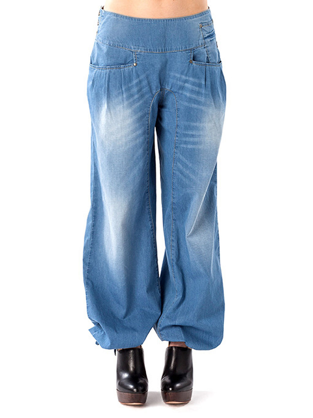 03a42b0f12e9 Nikita Bluebird Jeans online kaufen bei blue-tomato.com