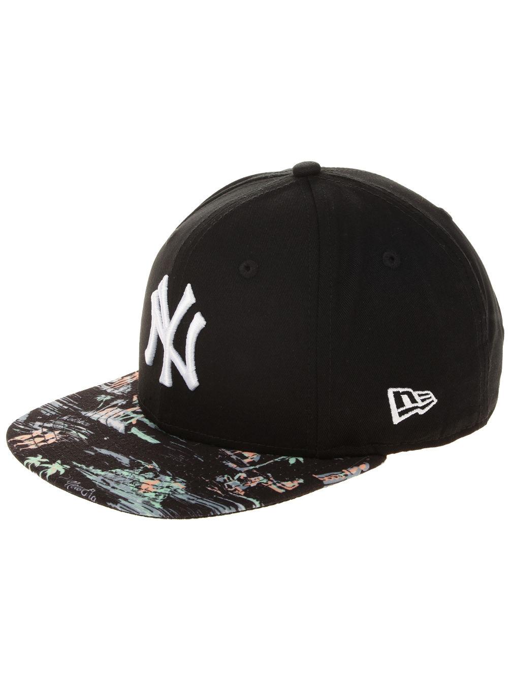Buy New Era Offshore Visor MLB NY Yankees Cap online at blue-tomato.com 415036c0b90