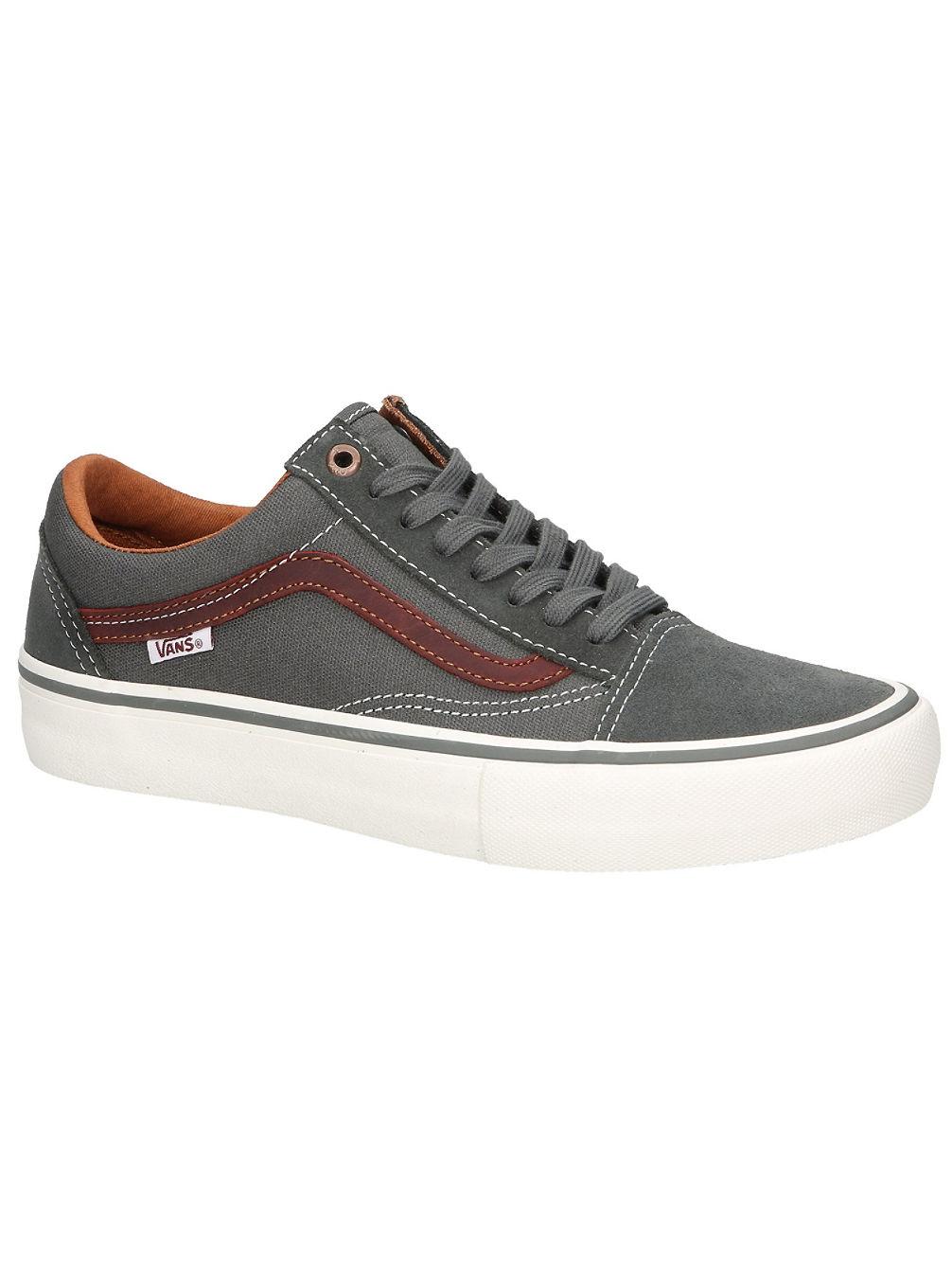 13dfa6ca1952 Buy Vans Old Skool Pro Skate Shoes online at blue-tomato.com