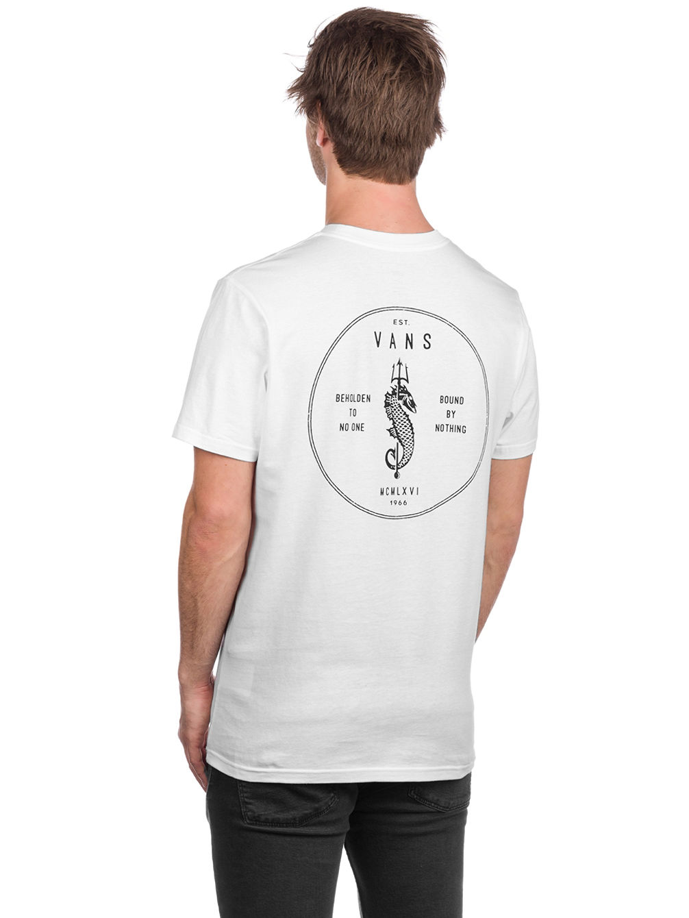 67525fd17c1605 Buy Vans Bound By Nothing Pocket T-Shirt online at Blue Tomato