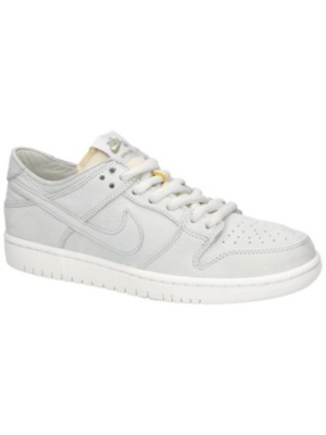 SB Zoom Dunk Low Pro Deconstructed Sneakers. Nike