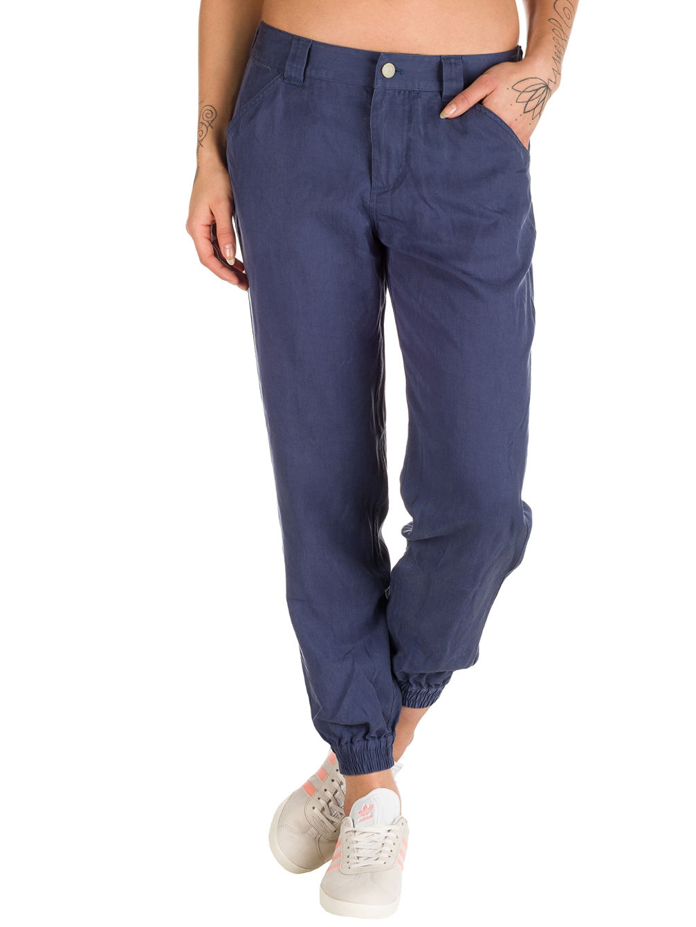 Edge Win Joggers Pants