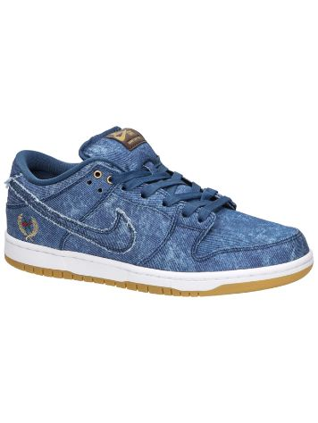 Nike SB Dunk Low Skate Shoes