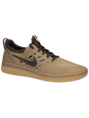 SB Nyjah Free Skate Shoes