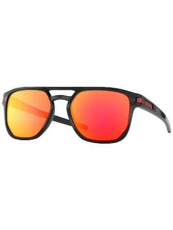 Oakley Latch Beta Polished Black Zonnebrillen