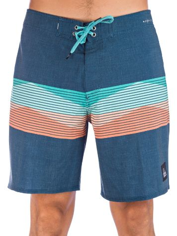 Quiksilver Highline Seasons 18 Surffishortsit