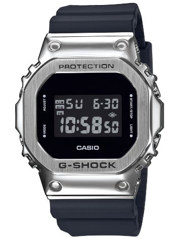 G-SHOCK GM-5600-1ER Rannekello