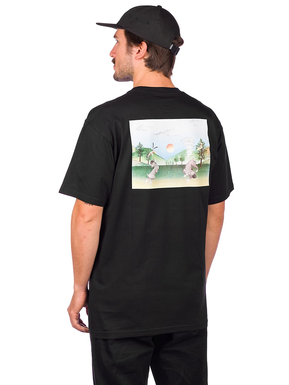 Artikel klicken und genauer betrachten! - Vans x Kyle Walker geht immerDas Vans x Kyle Walker Pocket T-Shirt kommt mit einem großen Siebdruck auf der Rückseite und einer kleineren Grafik auf der Brusttasche. Damit peppst du deinen Look auf! FeaturesVans x Kyle Walker KollektionLogo Etikett am Ärmel | im Online Shop kaufen