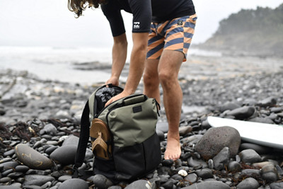 Packing a Surf Bag
