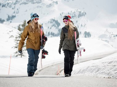 Freestyle Camber Snowboards and Bonfire women's Snowwear