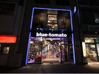 e6453d75a0bd4f All Blue Tomato Shops