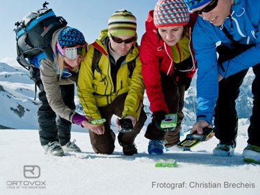 Ortovox Avalanche transceiver, photo: Christian Brecheis