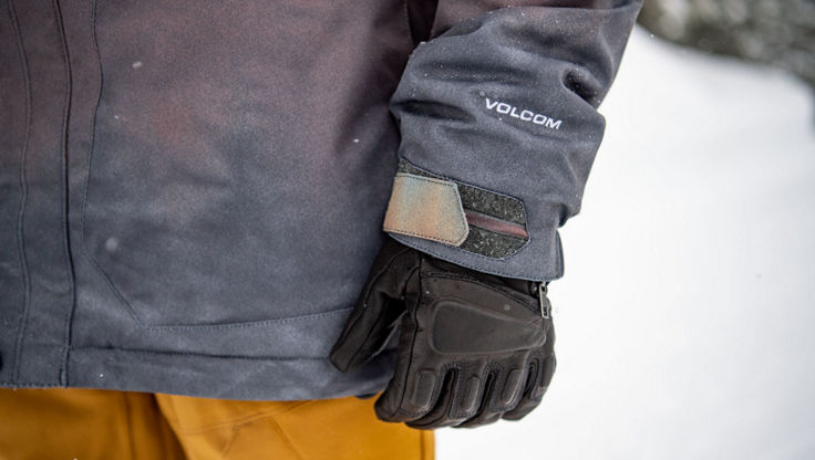 a pair of Volcom gloves