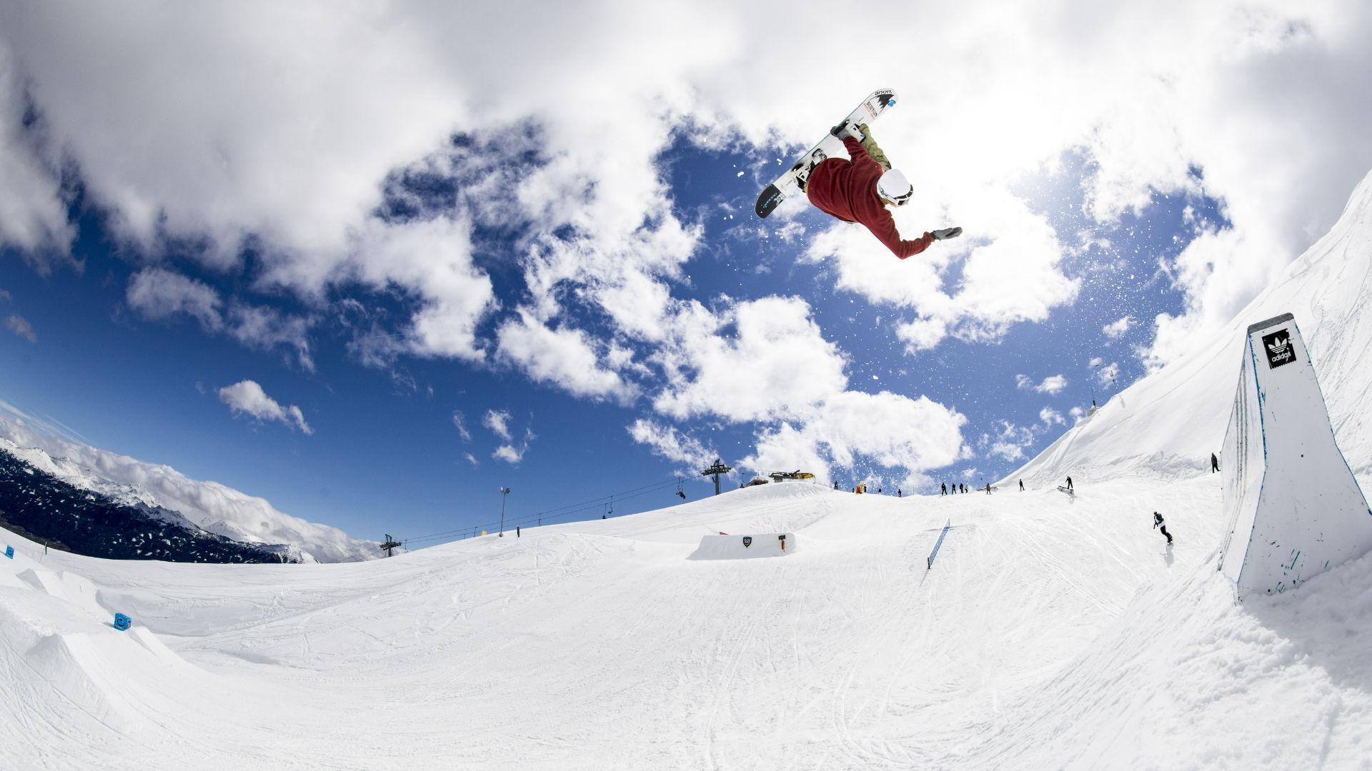 724ce174d082 Clemens Millauer hip jump at Nordkette Park Innsbruck