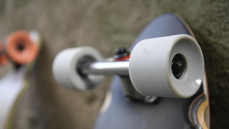 Roues de longboard et roues de cruiser