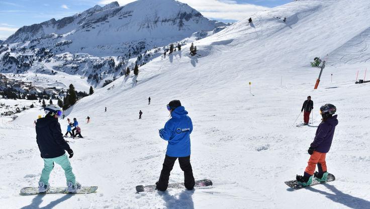 Snowboard Lehrer und Beginner in Obertauern