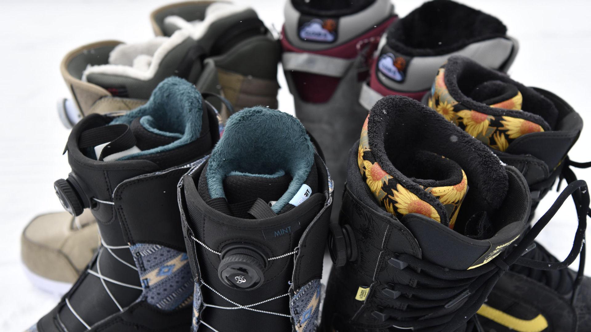 Snowboard Boots mit ihren Linern von Burton, Vans, Nitro und DC