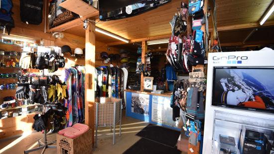 Blick in die Snowboardschule Station am Obertauern