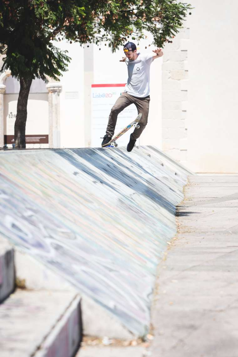 Philipp Schuster No Comply Tailslide