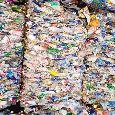 PET bottles are great to win recycled polyester fibres